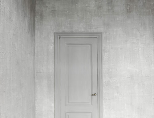 Muren kalkverf / Houtwerk: Caseïne